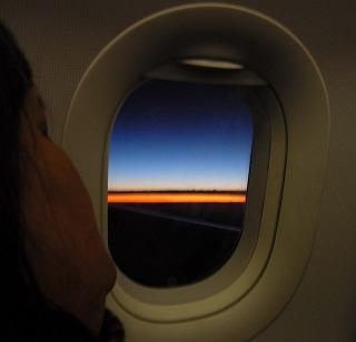 Flug im Morgengrauen