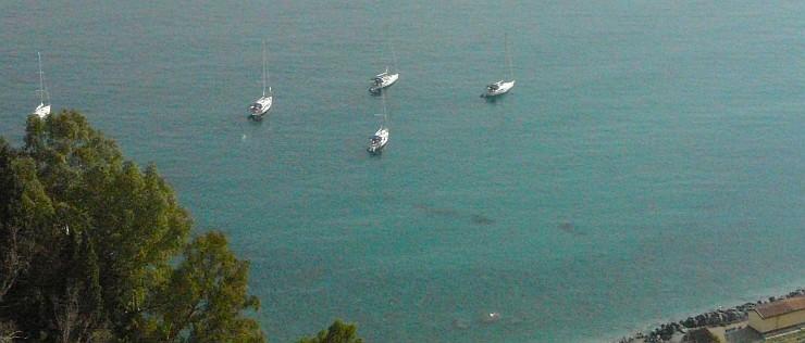 Blick von Taormina in unsere Bucht
